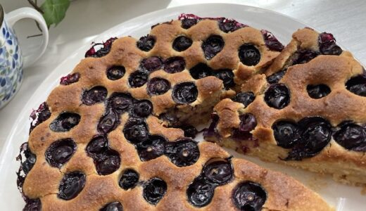 米粉で作る ブルーベリーアーモンドケーキ